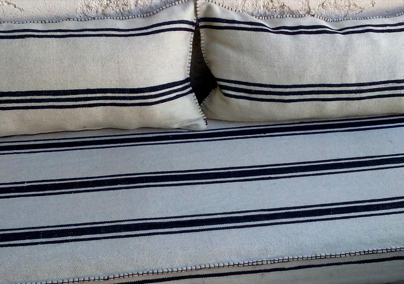 revêtement de meuble marocain avec housse