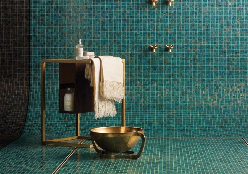 D co de salle de bain rose des sables for Salle de bain vert d eau