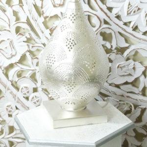 lampe ajourée blanche orientale