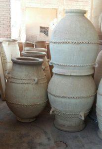 Jarre terre cuite façon ancienne de type oriental afrique du nord