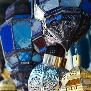 objets de déco marocaine-tentes caidales-riad à marrakech