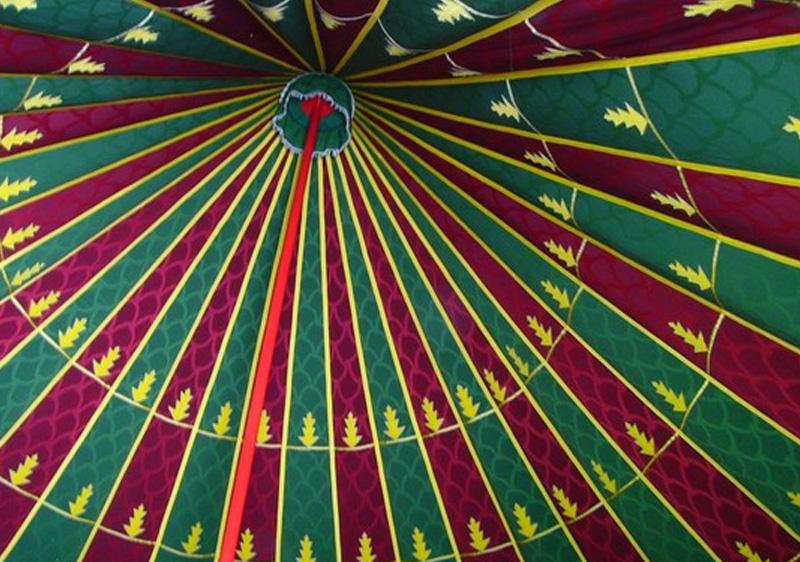 interieur toit d'une tente caïdale